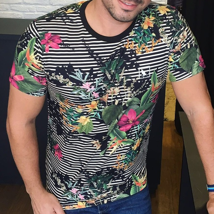 542a0c63c Camisas Masculinas Camisetas Estampadas - R  49