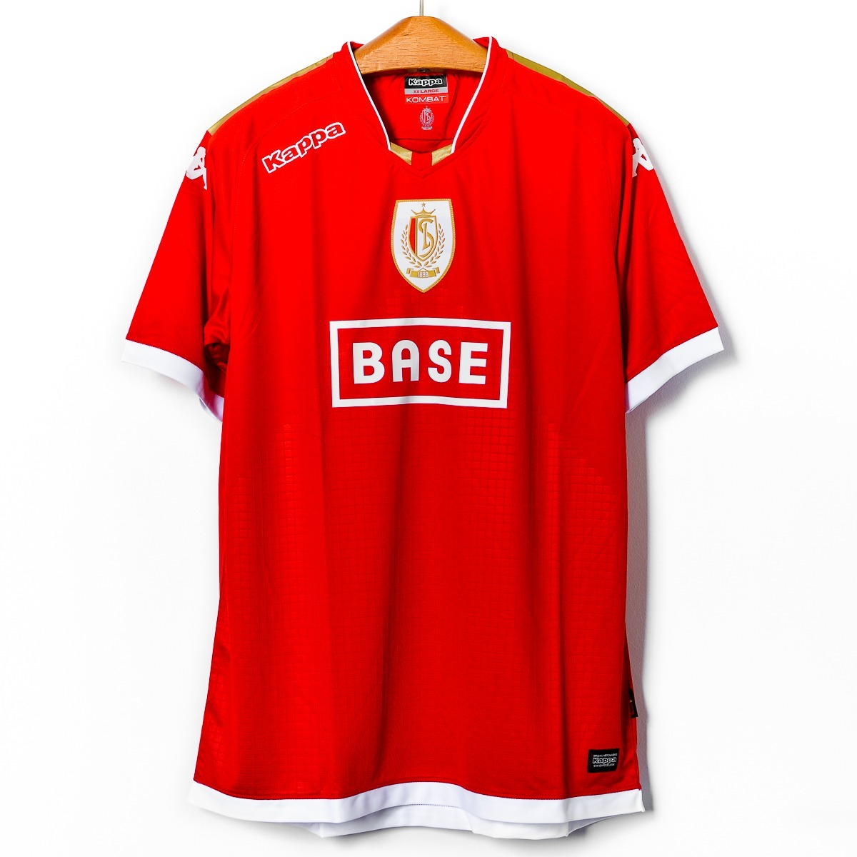 8d4c25ce5 camisas masculinas futebol standard liege 2016 17 kappa gara. Carregando  zoom.