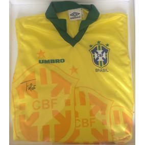 6d95874bb3b77 Camisa Da Seleção Brasileira Umbro - Futebol no Mercado Livre Brasil