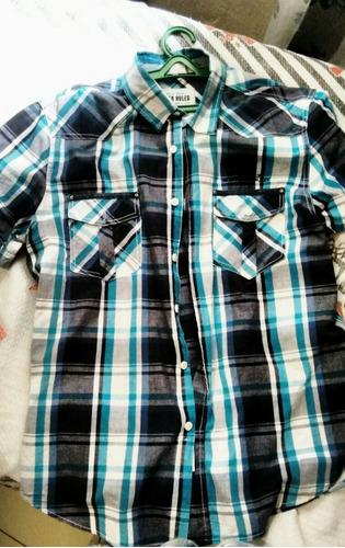 camisas sociais e blusa de frio
