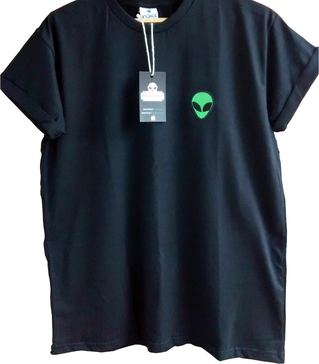 dd0ce61749 camiseta alien tumblr vinho patch et ufo masculina feminina. Carregando  zoom.