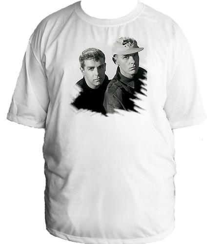 camiseta allsgeek tamanho especial banda pet shop boys - 001