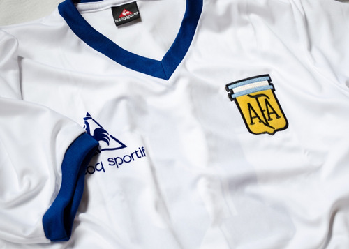 camiseta argentina retro 1981 alternativa blanca lecoq