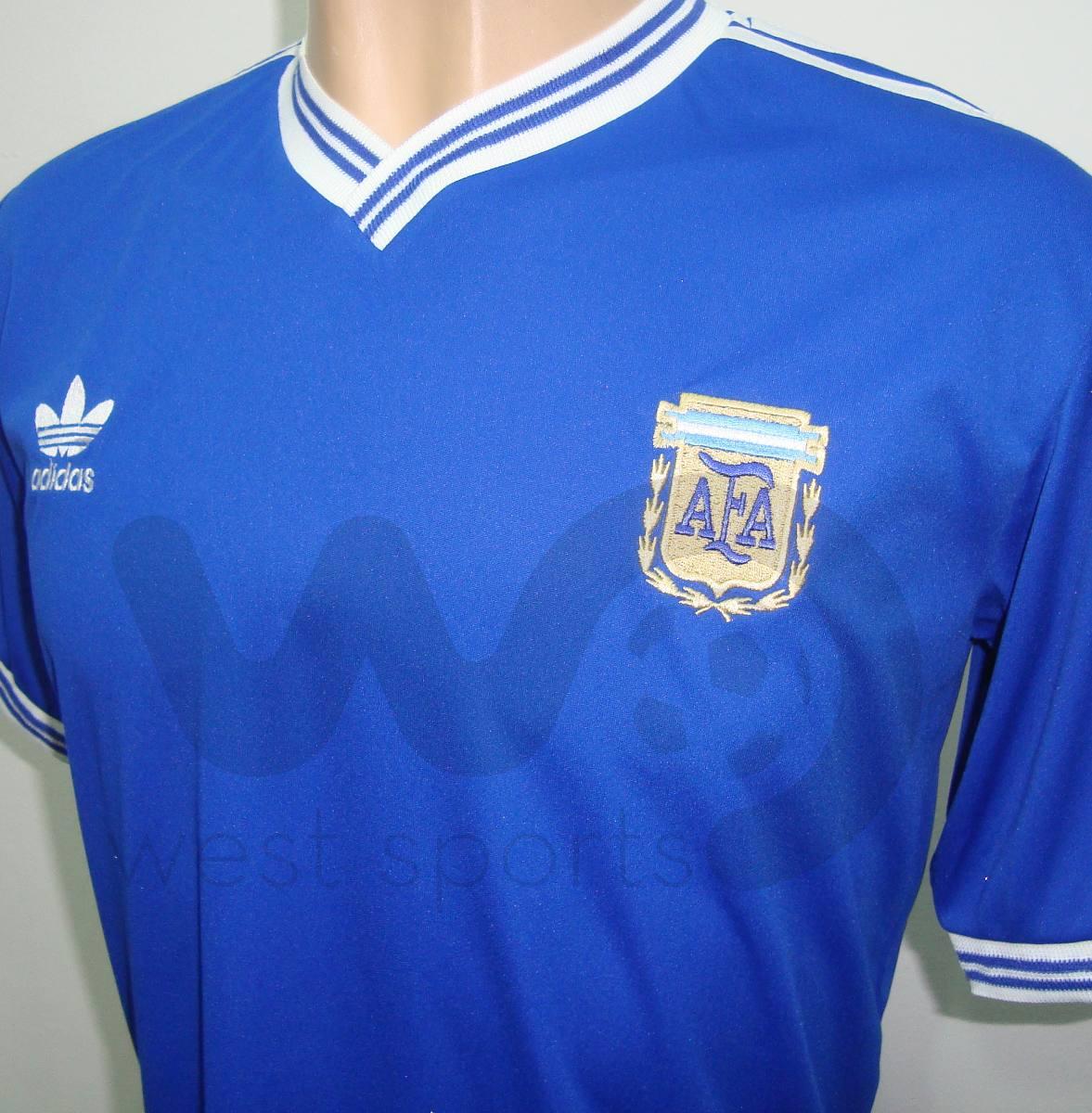 66f63c56fc camiseta argentina suplente retro 1990 maradona nº 10. Cargando zoom.