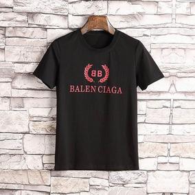 mejor sitio web proporcionar un montón de correr zapatos Camiseta Balenciaga