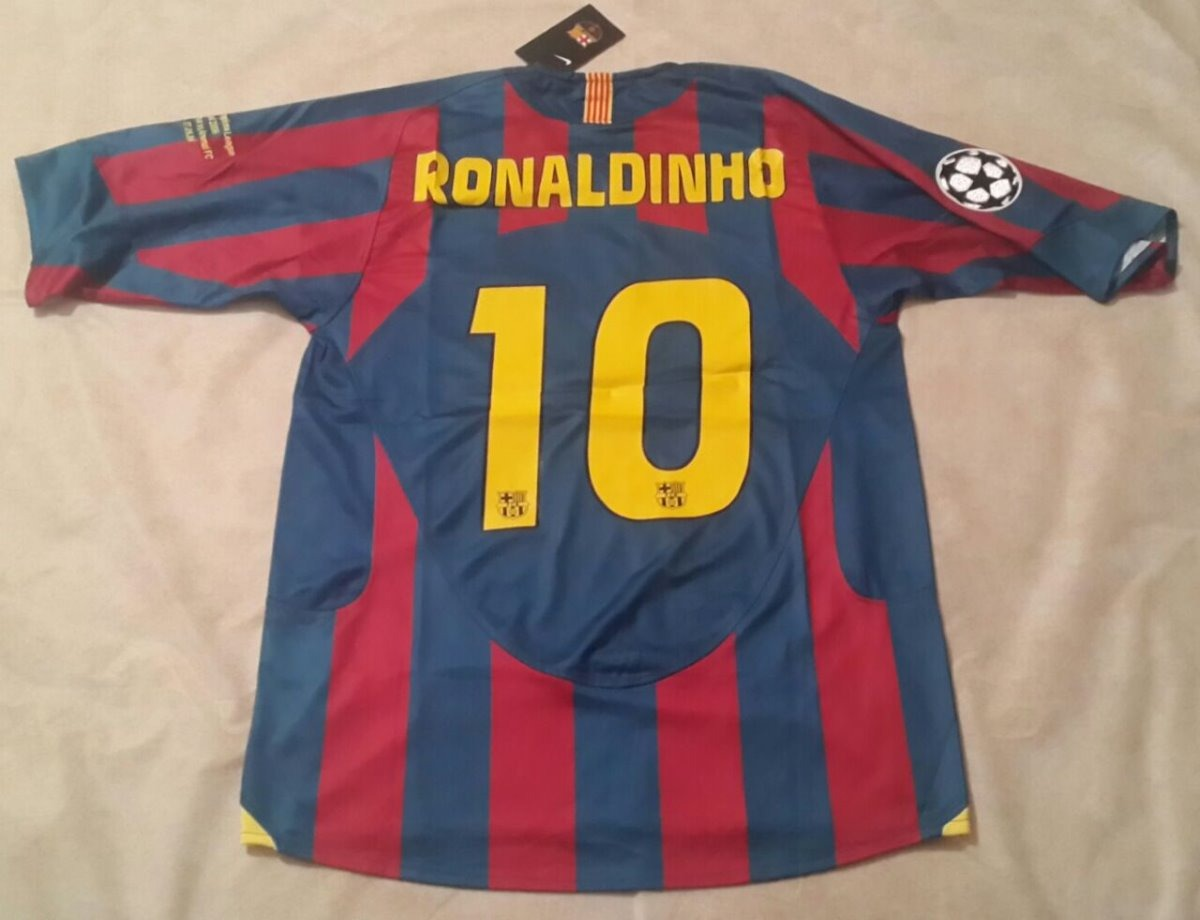 camiseta barcelona 2006 ronaldinho retro campeón champions. Cargando zoom. f41b02643a126