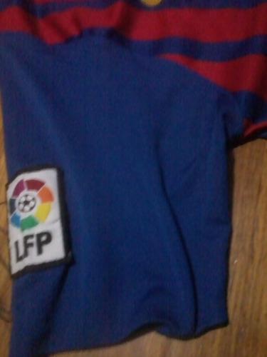 camiseta barcelona estampados dañados