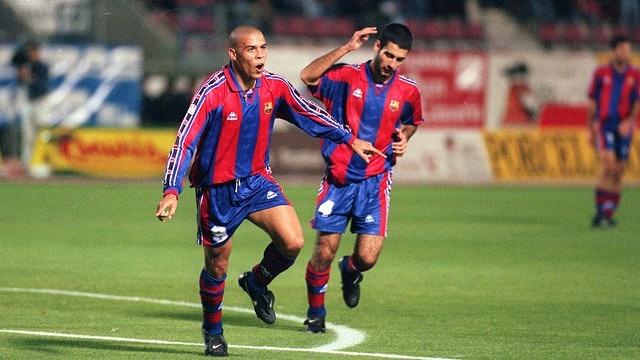 d5c6e6b1df1a6 Camiseta Barcelona Kappa 9 Ronaldo Años 90 Original -   1.100
