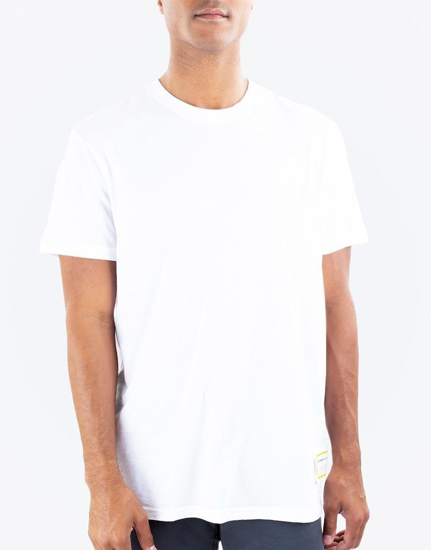 334b262b8557d Camiseta Básica Blanca - Etiqueta Negra -   82.050 en Mercado Libre