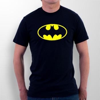 Camiseta Batman Clássico - Batman O Retorno - R  34 0689999af33b9