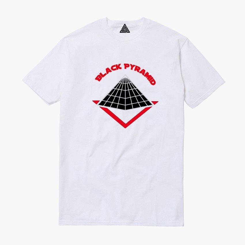 Camiseta Black Piramid Pyramid Rap Cris Brown Marca Grife - R  43 c6c6d9e063c