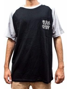 camiseta black sheep bolso tag