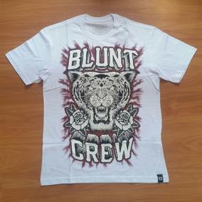 11764394e7 Camisetas Blunt Skate - Camisetas no Mercado Livre Brasil