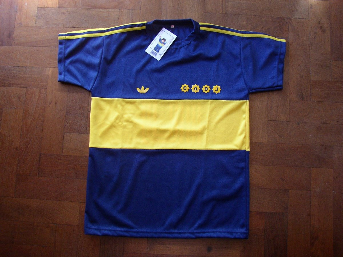 537dbdd793cd0 camiseta boca juniors 1981 retro maradona campeón 81. Cargando zoom.