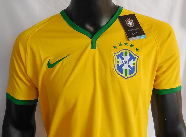 Camiseta Brasil Mundial 2014 Nike - S  70 047922c3a9764