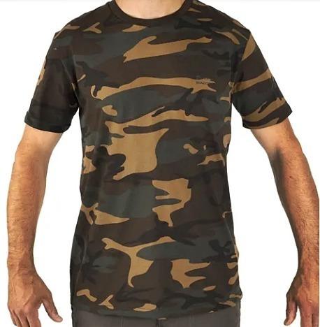 camiseta camuflada woodland.