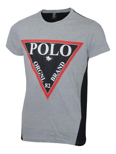 camiseta careca com estampa triângulo polo brand
