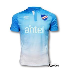 8063a4d9a218f Camiseta Islandia - Camisetas Celeste en Montevideo de Fútbol al mejor  precio en Mercado Libre Uruguay