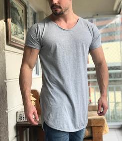 30367ff09b Camiseta Long Line Gola Canoa - Camisetas Masculino Manga Curta no Mercado  Livre Brasil