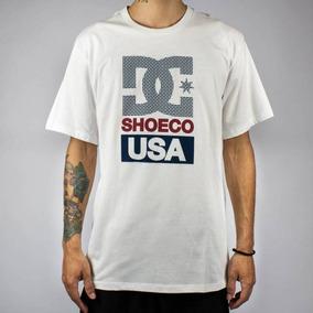 d2c02b28c1495 Camiseta Dc Shoes® Branca E Verde Claro Masculina Tam. M - Camisetas Curta  com o Melhores Preços no Mercado Livre Brasil
