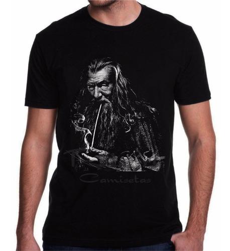 camiseta de filme gandalf senhor dos anéis the hobbit.