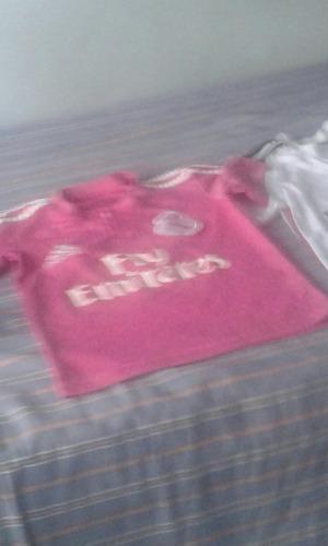 camiseta de niño usada