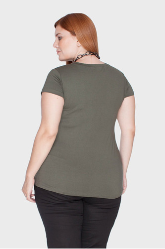 camiseta decote v plus size verde-52/54
