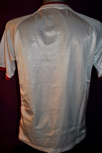 camiseta del inter de brasil, topper alternativa. talle l