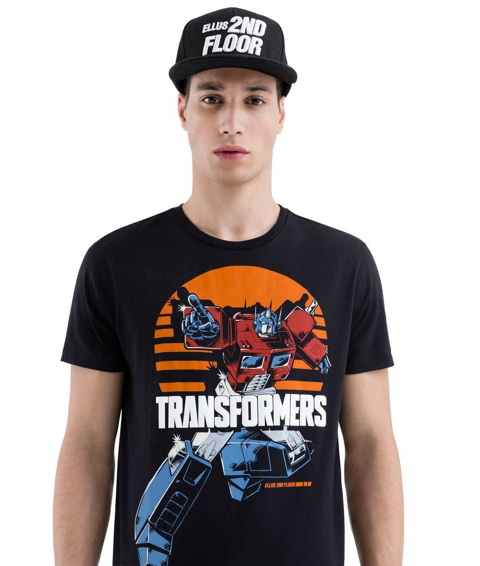 72b57da126 camiseta ellus second floor optimus prime trasnformers preto. Carregando  zoom.