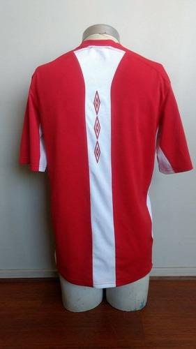 camiseta entrenamiento liga deportiva universitaria umbro