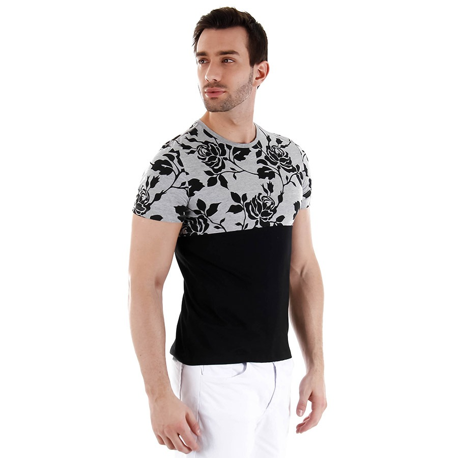2baea59423223 camiseta estampada masculina svk - preto. Carregando zoom.
