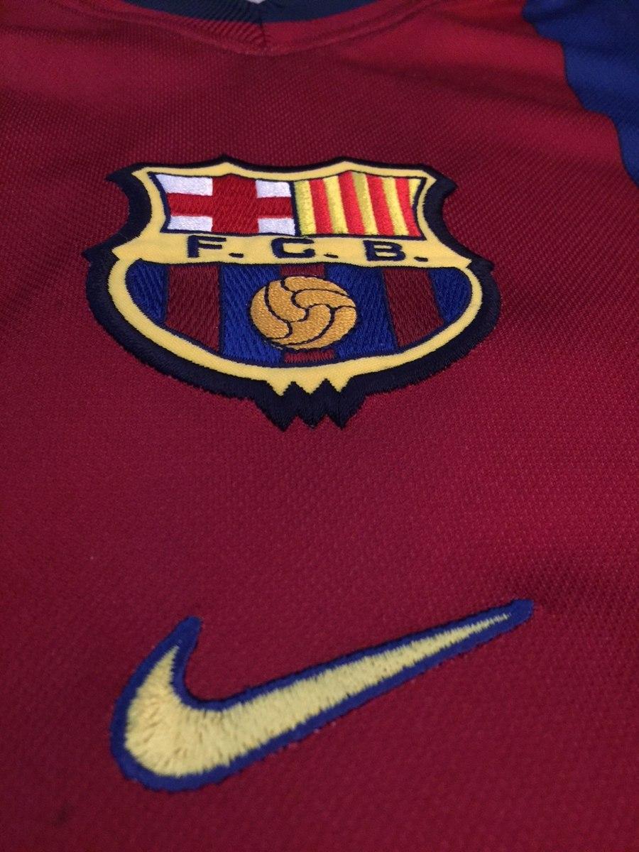 a14493d8a4ca3 camiseta fcb nike barcelona futebol clube. Carregando zoom.