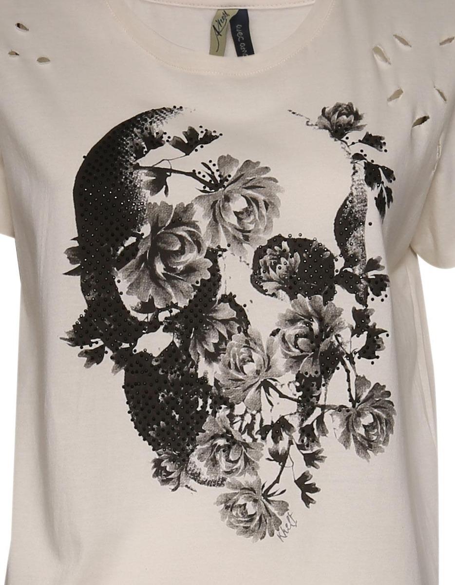 0a08f3b02 camiseta feminina caveira flores rasgos. Carregando zoom.