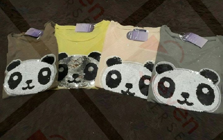 066dc2766b Camiseta Feminina Panda De Lantejoula Paetê - R  34