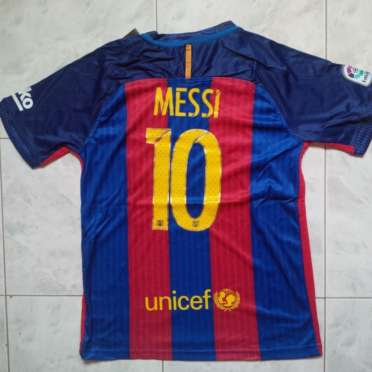 camiseta franela barcelona fc local 2016 estampada messi. Cargando zoom. 8a362f071ef