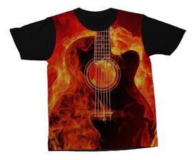1bfcd7bc75 Blusa Preta Com Guitarra Na Frente - Camisetas com o Melhores Preços ...