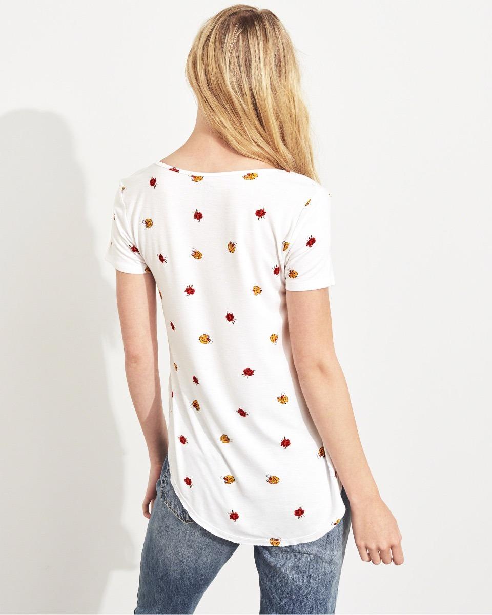290698c01cf9b Camiseta Hollister Feminina Estampada Branca Original - R$ 133,00 em ...