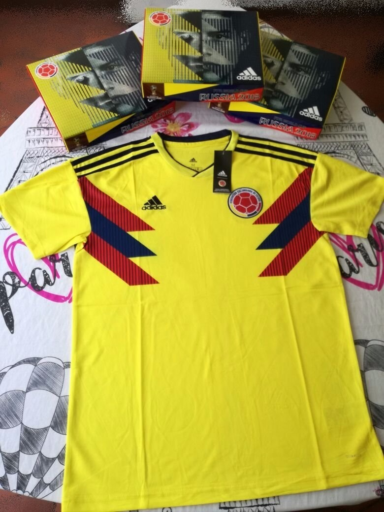 camiseta hombre amarilla selección colombia climalite t  s. Cargando zoom. 0f73da40732e1