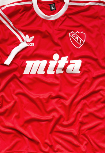 camiseta independiente retro 1988 bochini mita campeón