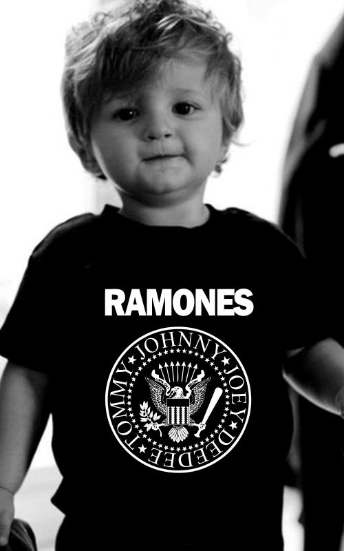abe2726202b36 camiseta infantil banda super herois ac dc super man ramones. Carregando  zoom.