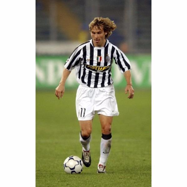 3d54bcf52fdc8 Camiseta Juventus Italia 2003 2004 Nedved 11 República Checa ...
