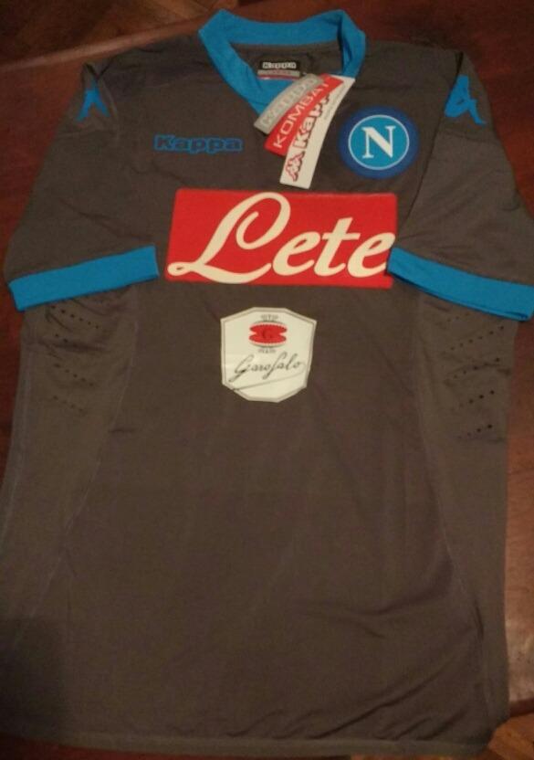 8a3af316d1802 camiseta kappa kombat napoli de italia 2015 2016. Cargando zoom.