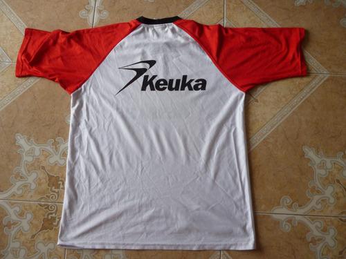camiseta keuka deportivo pasto