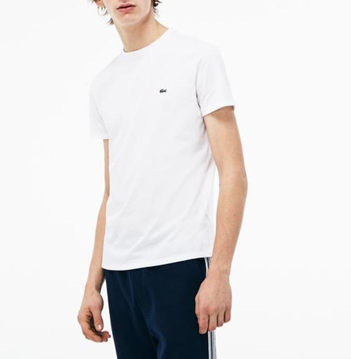 92b6fcf2e6b Camiseta Lacoste Básica - R  179