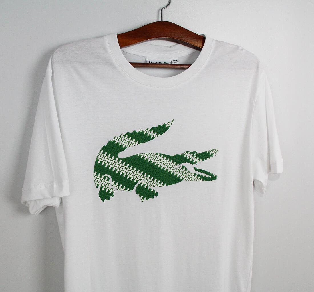 3e18e0d13a336 camiseta lacoste branca big croc. Carregando zoom.