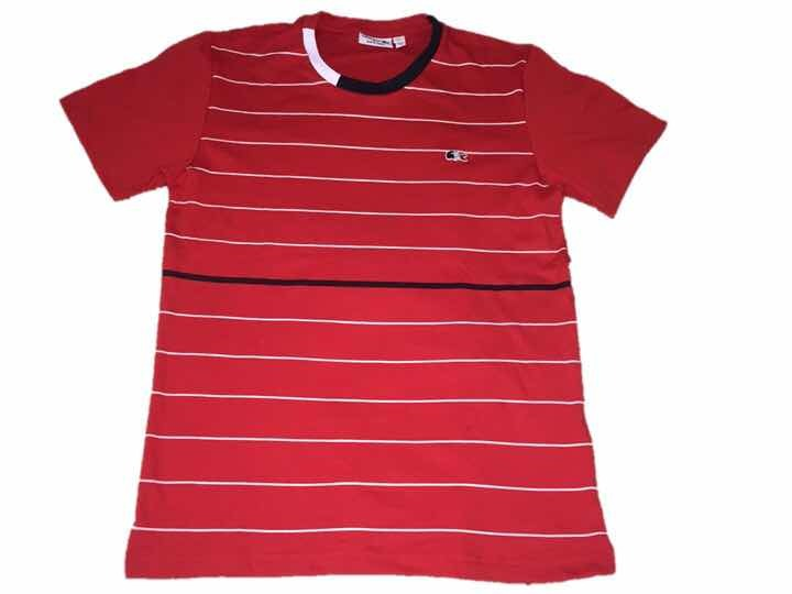 b9b291ead1d Camiseta Lacoste Vermelha Listras Brancas Masculina Peruana - R  100 ...