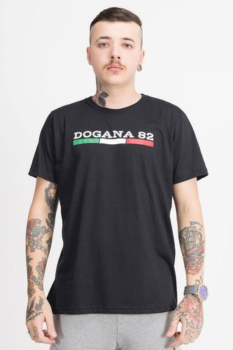 camiseta logo preta