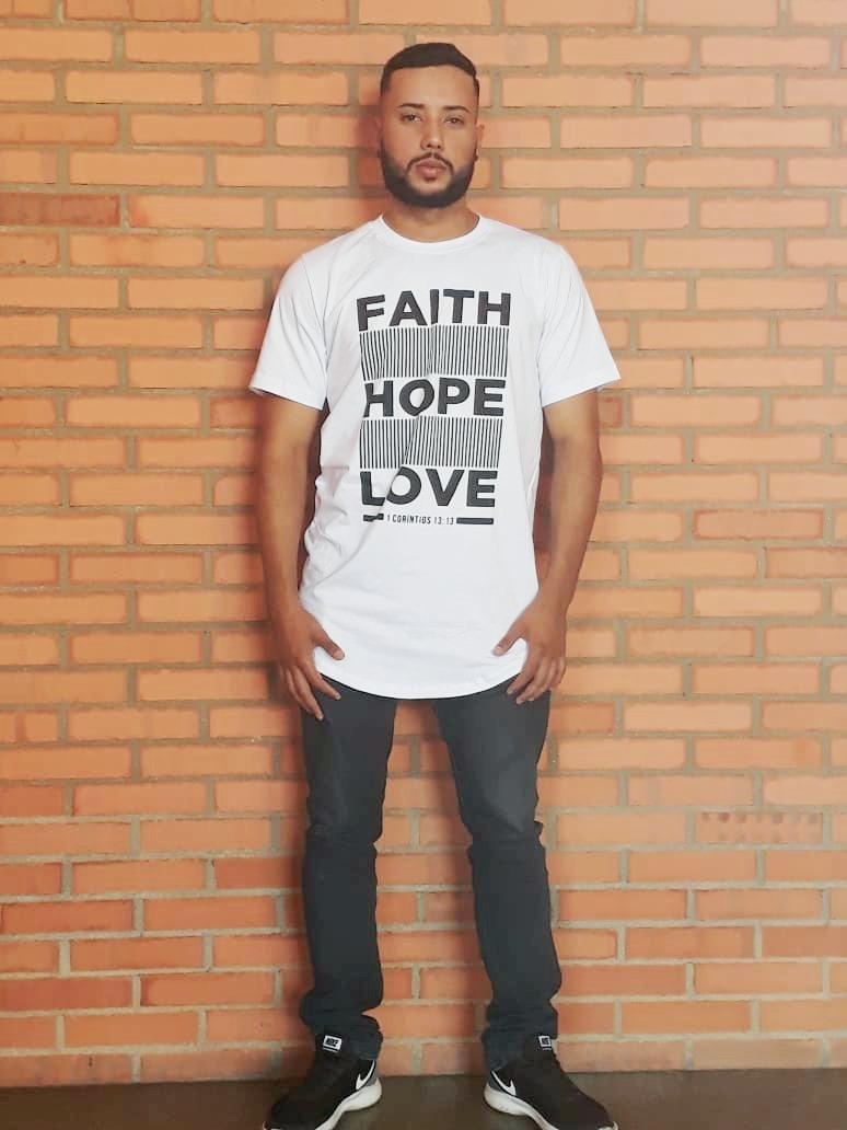 f12f5b081 camiseta long line masculina branca faith hope love. Carregando zoom.