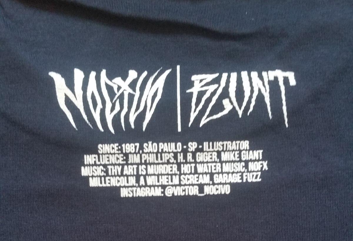 71bd5e3bae camiseta blunt collab nocivo v assinatura manga curta skate. Carregando  zoom... camiseta manga curta. Carregando zoom.