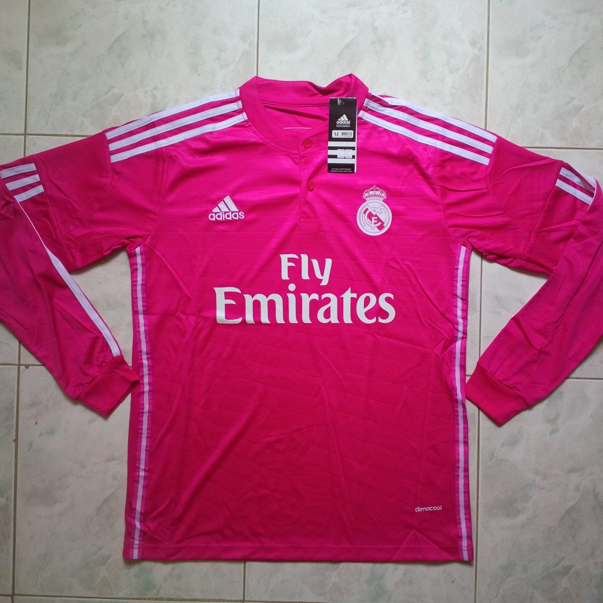df40bb4967ddd Camiseta Manga Larga Real Madrid Fuscia 2015 Adultos - Bs. 0